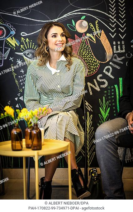 Queen Rania visits the Design Institute Amman, on March 13, 2017 Photo: Albert Nieboer / Netherlands OUT / Point De Vue Out ....