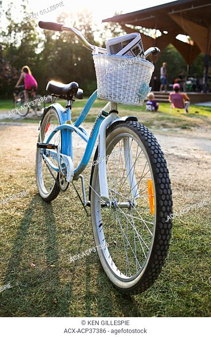 Cruiser bicycle with basket parked on kickstand. Victoria Beach, Manitoba, Canada
