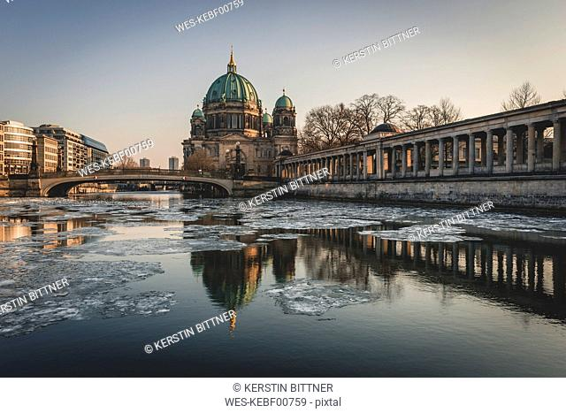 Germany, Berlin, view to Berliner Cathedral at twilight