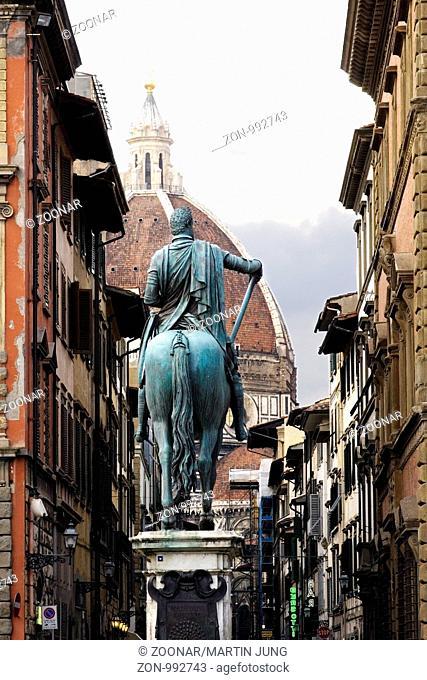 Das Reiterdenkmal Ferdinand di Medici I nach Giovanni da Bologna von Pietro Tacca