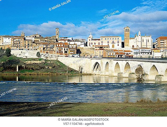 Overview. Tordesillas, Valladolid province, Castilla Leon, Spain