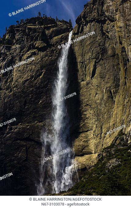 Upper Yosemite Fall, Yosemite National Park, California USA