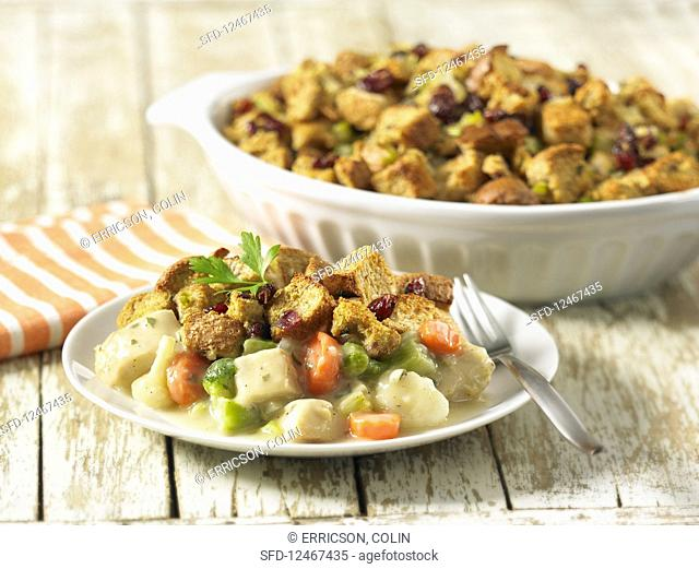 Pot pie with turkey and stuffing