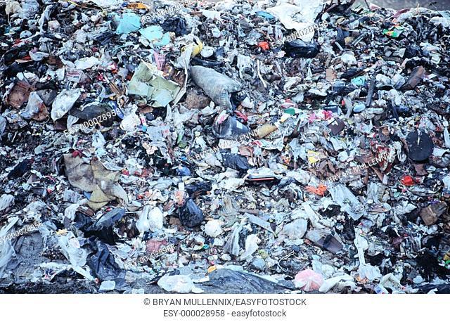Regional sanitary landfill, near Corvallis. Oregon. USA