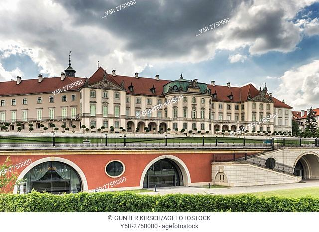 View from the Vistula to Warsaw Royal Castle (Zamek Krolewski w Warszawie). The Castle was the seat of Polish kings until the 18th century