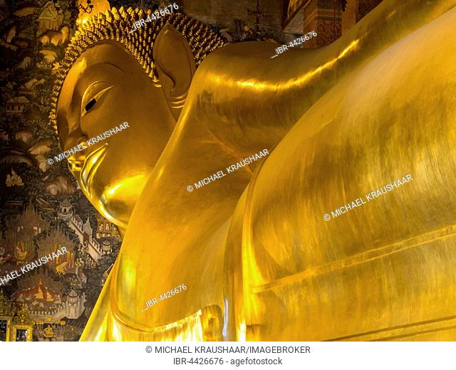 Golden Reclining Buddha, Wat Pho, Bangkok, Thailand
