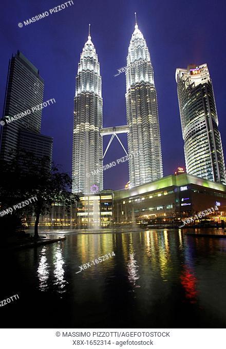 Menara Petronas towers, Kuala Lumpur, Malaysia