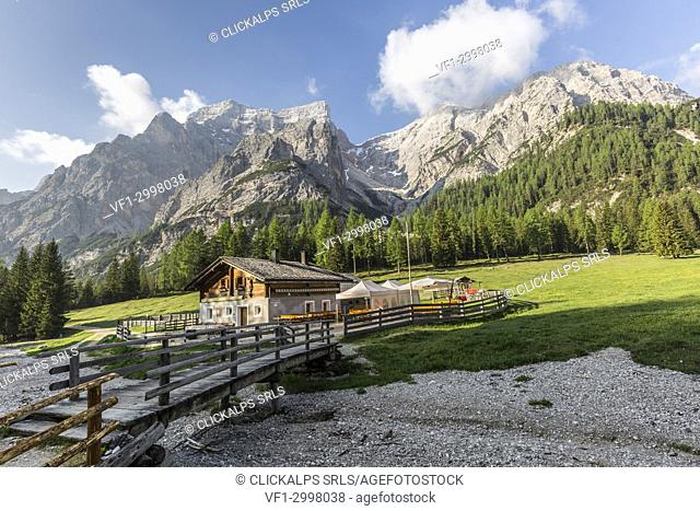 Malga Foresta with Croda del Becco in background, Val Foresta, Dolomites, province of Bolzano, South Tyrol, Italy