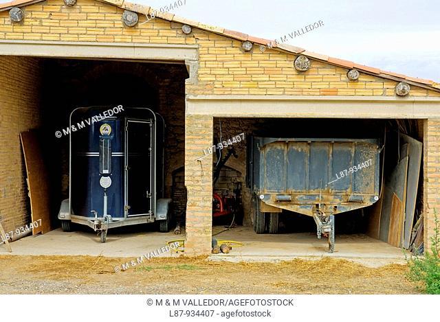 horsebox trailer in Solsona  Solsonès  Lleida province  Catalunya  Spain