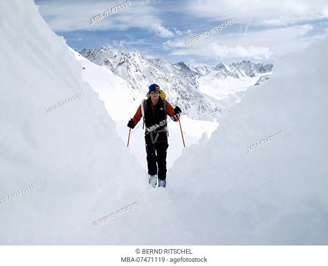 Ski tour to the Zwieselbachjoch, Stubaier Alps, Tyrol, Austria