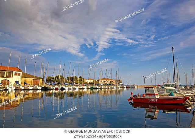 Yachts tied up in the Fishing Harbour at Meze, Languedoc-Roussillon, France