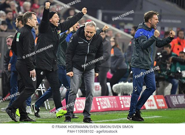 final jubilation Christian STREICH, coach (SC Freiburg, withte) after the final whistle, cries, jubilation, joy, enthusiasm, football 1