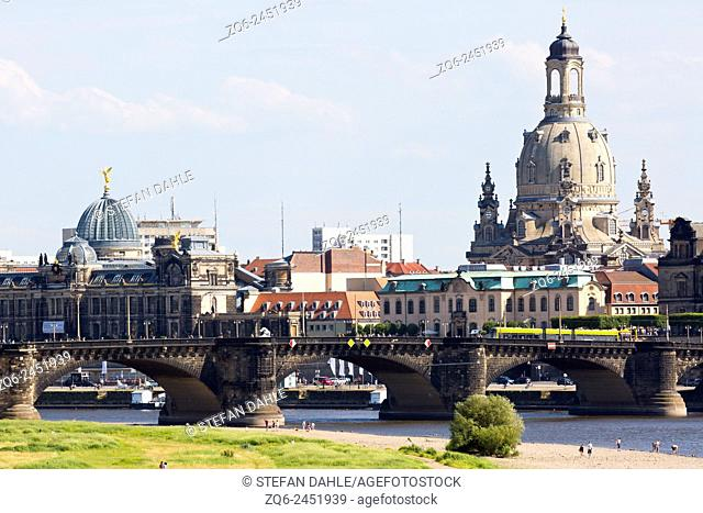 View onto the Frauenkirche (Church of our Lady) in Dresden