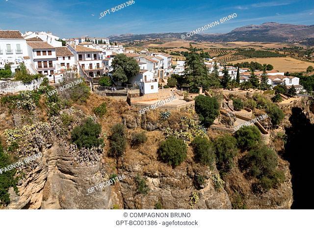 VIEW OF RONDA, COSTA DEL SOL, THE SUNNY COAST, ANDALUSIA, SPAIN