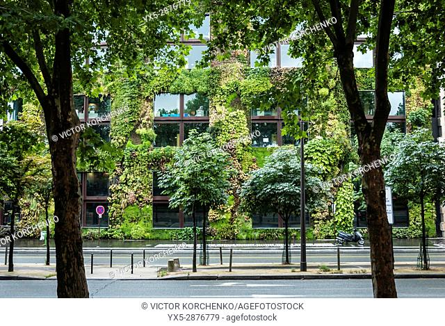 Vertical garden wall on a building in Paris on Quai Branly