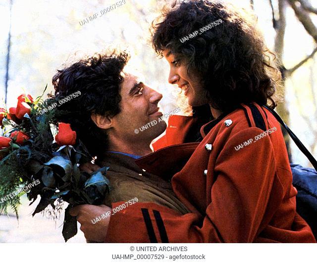 Flashdance, (FLASHDANCE) USA 1982, Regie: Adrian Lyne, MICHAEL NOURI, JENNIFER BEALS, Stichwort: Paar, Blumen, Strauß, Umarmung