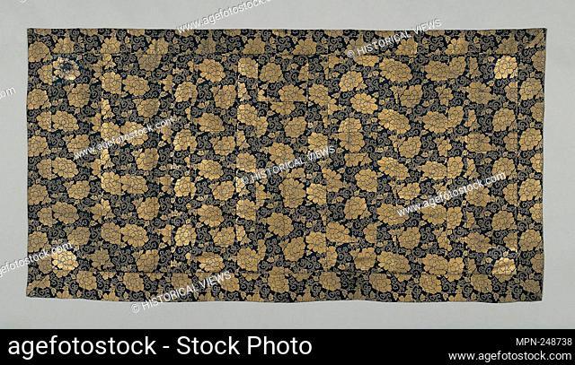 Kesa - late Edo period (1789–1868), 1801/44 - Japan - Origin: Japan, Date: 1801–1844, Medium: Silk and gold-leaf-over-lacquered-paper strip