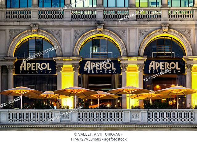 Italy, Lombardy, Milan, Galleria Vittorio Emanuele II, Terrazza Aperol