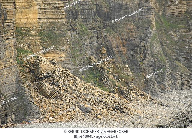 Land slide, stone slide, coast, Nash Point, Glamorgan Heritage Coast, Wales, Great Britain, Europe