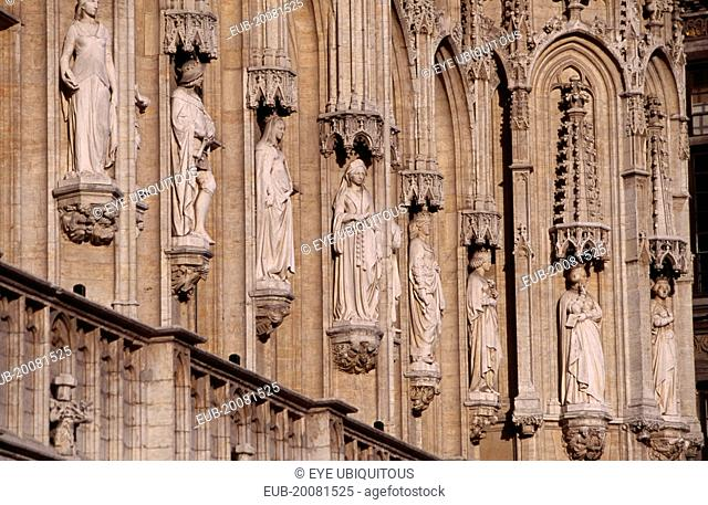 Grand Place. Hotel de Ville detail of facade decorated with statues representing the Dukes and Duchesses of Brabant. Stadhuis15th Century