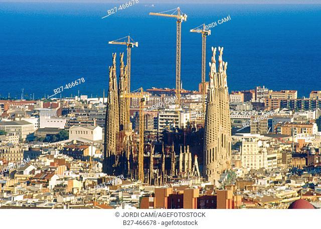 Sagrada Familia temple by Gaudí, Barcelona. Catalonia, Spain