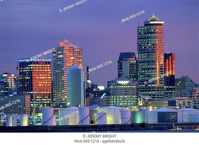Wynyard Wharf and city skyline at dusk, Auckland, North Island, New Zealand, Pacific