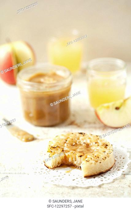 Toasted crumpet spread with caramel