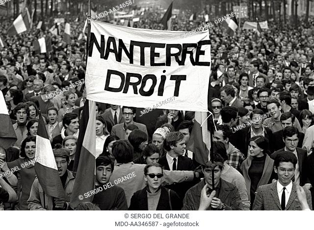 The risk of a revolution in Paris has been averted. A banner exalting the rights of Nanterre University during the demonstration of De Gaulle supporters in the...