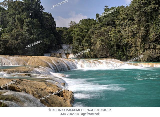 Rio Tulija, Parque Nacional de Agua Azul, near Palenque, Chiapas, Mexico