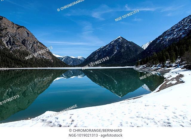 lake in tirol