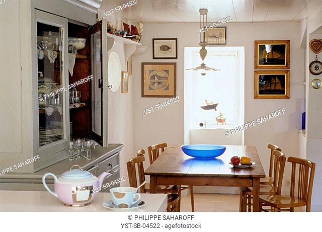 Dinner room, village, Ile de Re, France