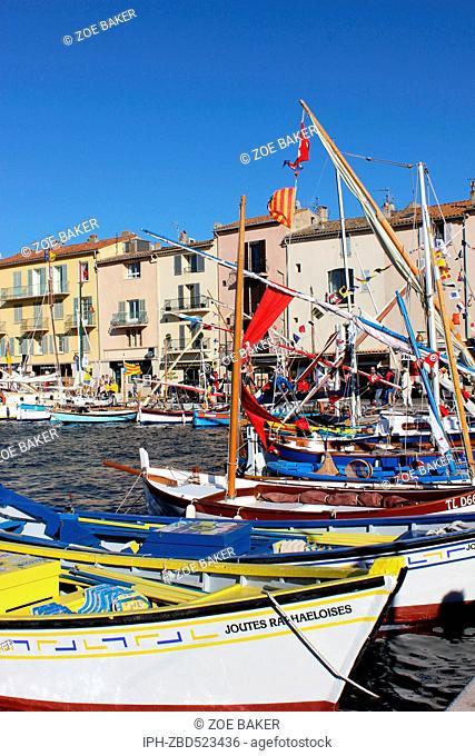 France ,Cote D'Azur, ,St Tropez, The busy harbour. Zoe Baker