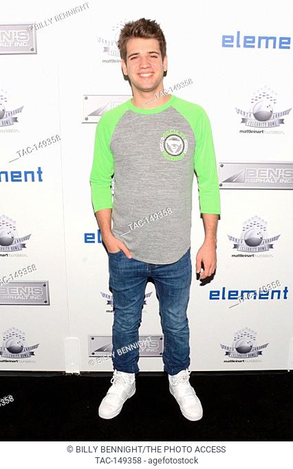 """Brandon Tyler Russell attends Matt Leinart Foundation's 9th Annual """"""""Celebrity Bowl"""""""" at Lucky Strikes in Hollywood on July 13, 2017"""