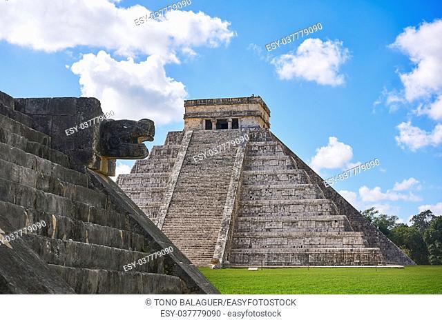 Chichen Itza El Templo pyramid Kukulcan temple in Mexico Yucatan