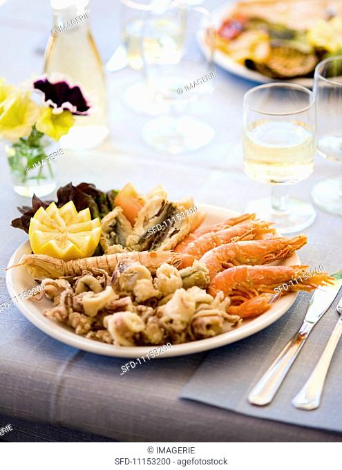Fritto misto (deep-fried fish and seafood, Italy)