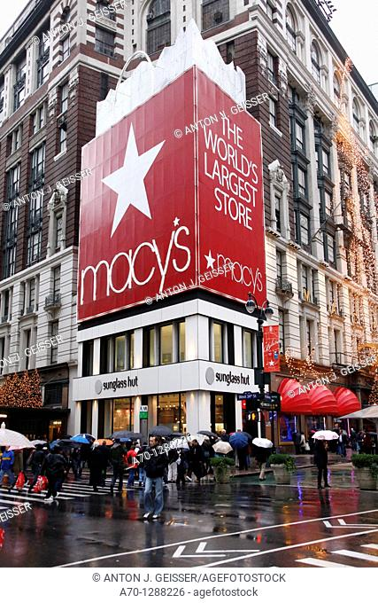 New York City, Macys, the world's largest store, manhattan