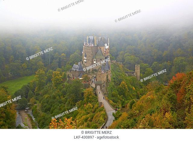 Burg Eltz castle near Wierschem, Eifel, Rhineland-Palatinate, Germany, Europe