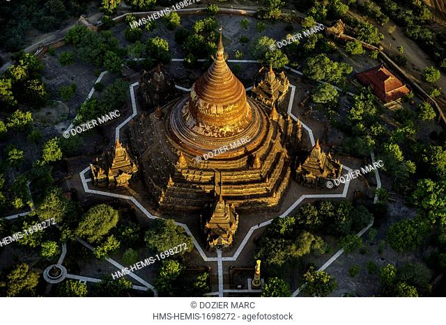 Myanmar (Burma), Mandalay division, Bagan, overview of the old historic capital in ballons with Balloons over Bagan, view from the air of Dhammayazika (aerial...