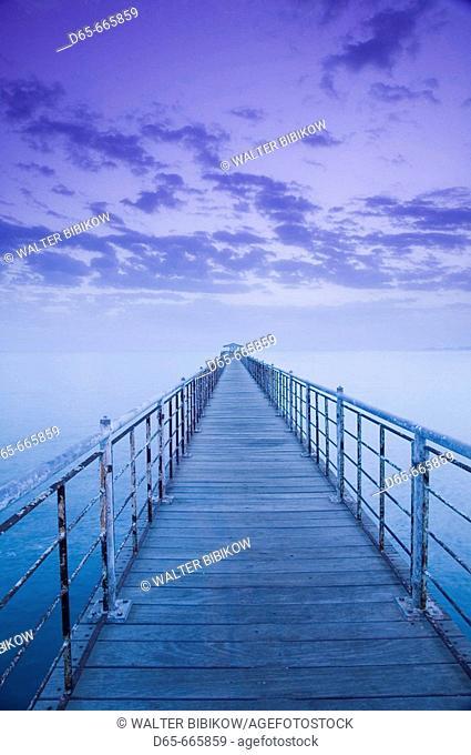 KUWAIT-Kuwait City: Pier on the Arabian Gulf by Kuwait Towers / Dawn