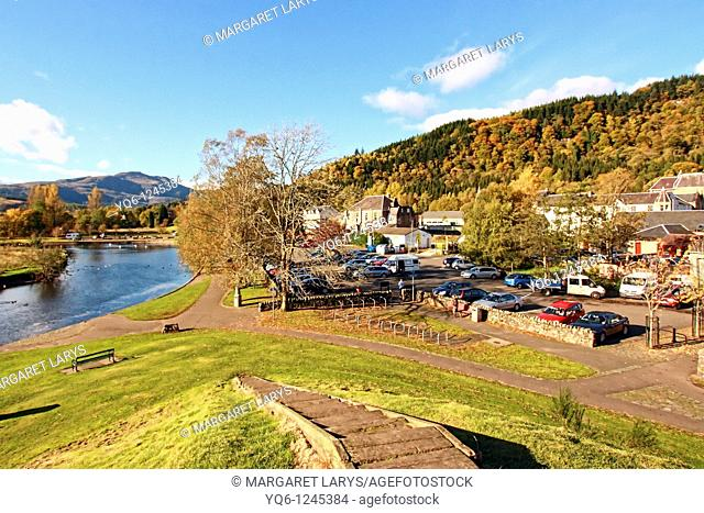 Old, small town, Callander with river Teith and Ben Ledi, Stirlinghsire, Scoltand, UK