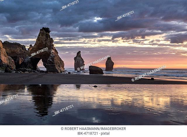Whitecliffs rock formation, Sunset, Tongaporutu, Taranaki, North Island, New Zealand