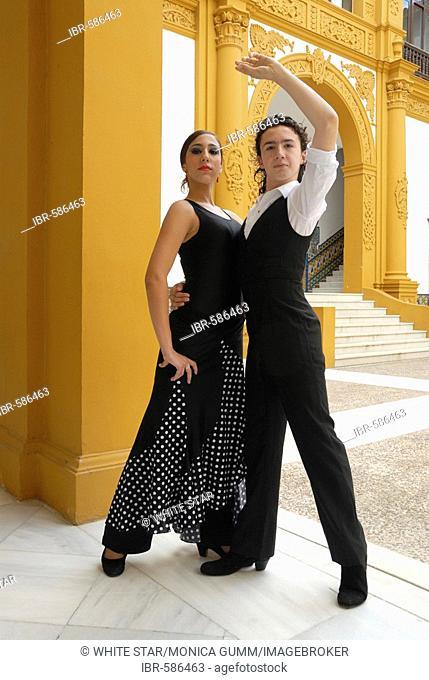 Spanish flamenco dancers Triana and Manuel in the Conservatorio de Danza, Sevilla, Andalusia, Spain, Europe