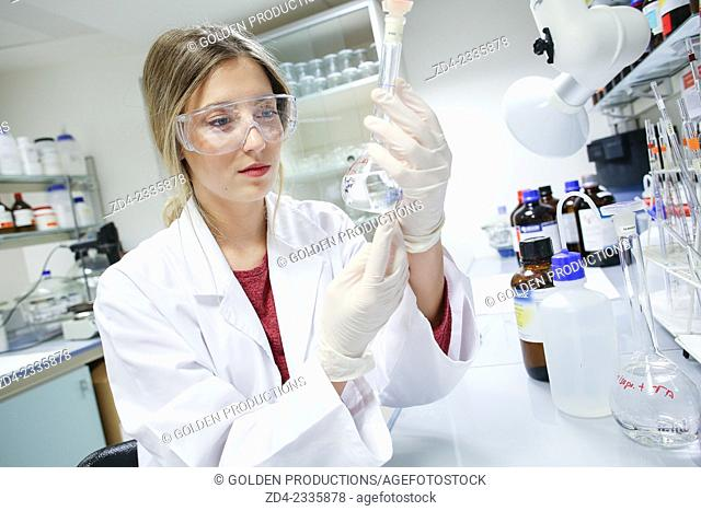 Researcher. Organic Laboratory. Chemical Analysis Laboratory. Technological Services to Industry. Tecnalia Research & Innovation, Donostia, San Sebastian