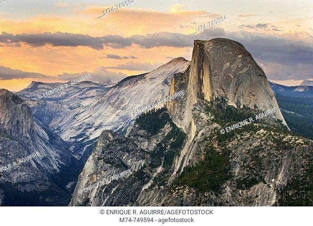 Half Dome at sunset as seen from Glacier Point, Yosemite, California, USA