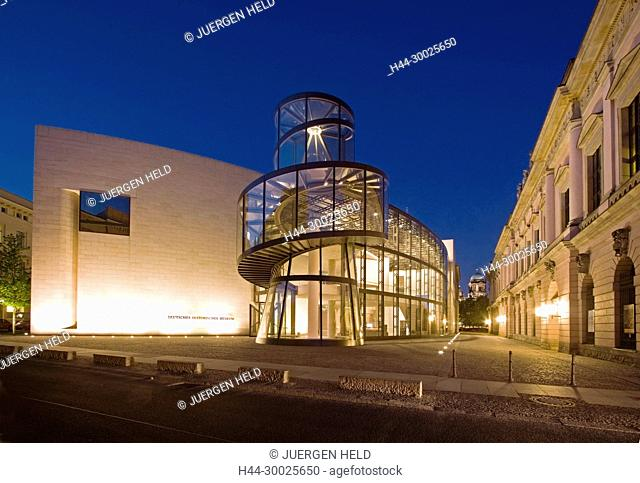 Berlin new extension building of german historical museum, I. M. Pei architect, modern glas and steel spiral