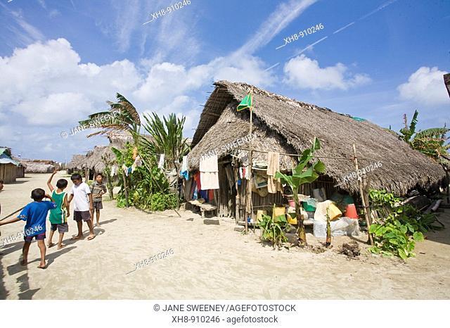 Thatched house, Isla Tigre, San Blas Islands, Kuna Yala, Panama