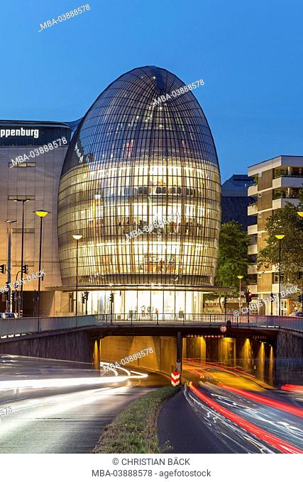 Weltstadthaus (global city building) of Renzo Piano, Cologne, North Rhine-Westphalia, Germany