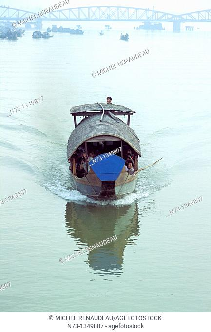 Vietnam, Hue, a boat up the Perfume River