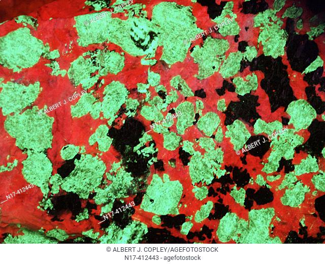 Ultraviolet lighten mineral