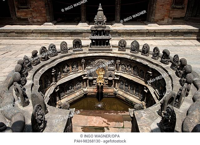 Patan Durbar Square in Kathmandu/Nepal. The square is full of ancient monuments, temples and shrines. | usage worldwide. - Kathmandu/Nepal